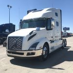 2020 VOLVO VNL64T760 CONVENTIONAL TRUCK WITH SLEEPER (40173)