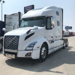 2020 VOLVO VNL64T760 CONVENTIONAL TRUCK WITH SLEEPER (40086)