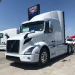 2020 VOLVO VNR64T640 CONVENTIONAL TRUCK WITH SLEEPER (40096)