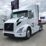 2020 VOLVO VNR64T640 CONVENTIONAL TRUCK WITH SLEEPER (40098)