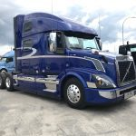 2017 VOLVO VNL64T780 CONVENTIONAL TRUCK WITH SLEEPER (17037L)
