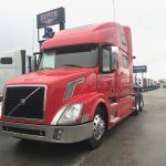 2015 VOLVO VNL64T780 CONVENTIONAL TRUCK WITH SLEEPER (3924)