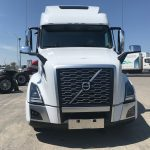 2020 VOLVO VNL64T860 CONVENTIONAL TRUCK WITH SLEEPER (40057)