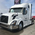 2016 VOLVO VNL64T670 CONVENTIONAL TRUCK WITH SLEEPER (16039L)