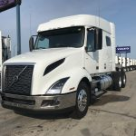 2020 VOLVO VNL64T740 CONVENTIONAL TRUCK WITH SLEEPER (40185)