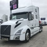 2020 VOLVO VNL64T860 CONVENTIONAL TRUCK WITH SLEEPER (40070)
