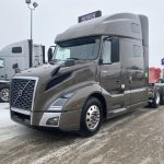 2020 VOLVO VNL64T760 CONVENTIONAL TRUCK WITH SLEEPER (40213)