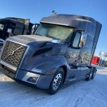 2020 VOLVO VNL64T760 CONVENTIONAL TRUCK WITH SLEEPER (40215)